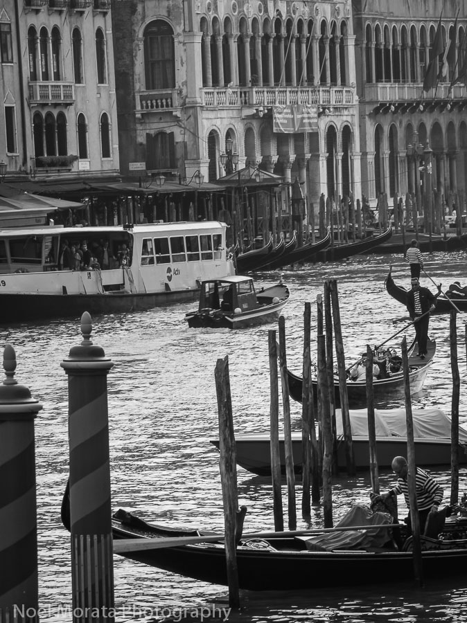 Venice highlights in black and white - Travel Photo Discovery