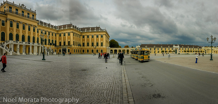 Carriage entryway to Schonbrunn Palace in Vienna