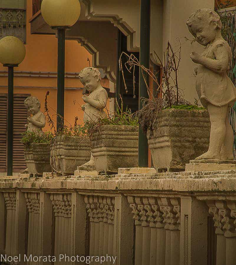 Riolo Terme details with statues