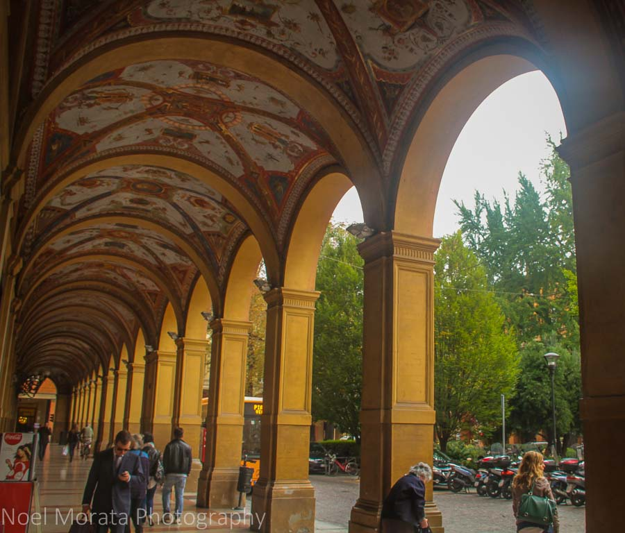 The ornate porticoes of Bologna