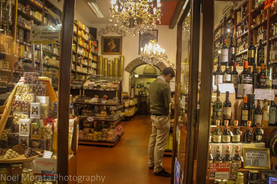 Wine shop open for business in the Quadrilatero