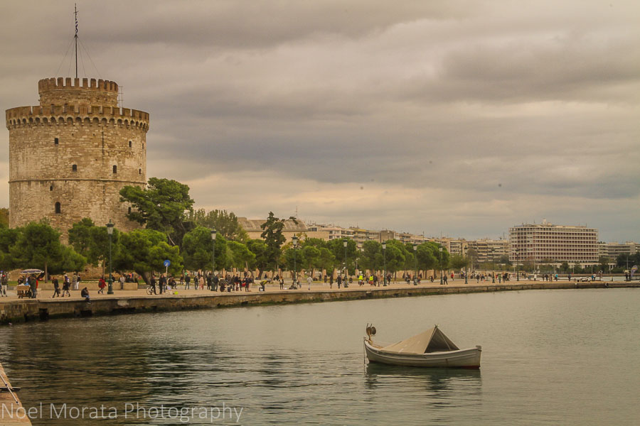 The white tower at the Thessaloniki bay front
