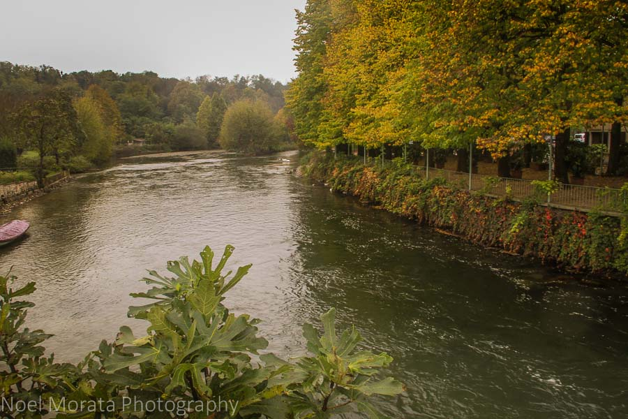 Fall colors along the Mincio river at Valeggio