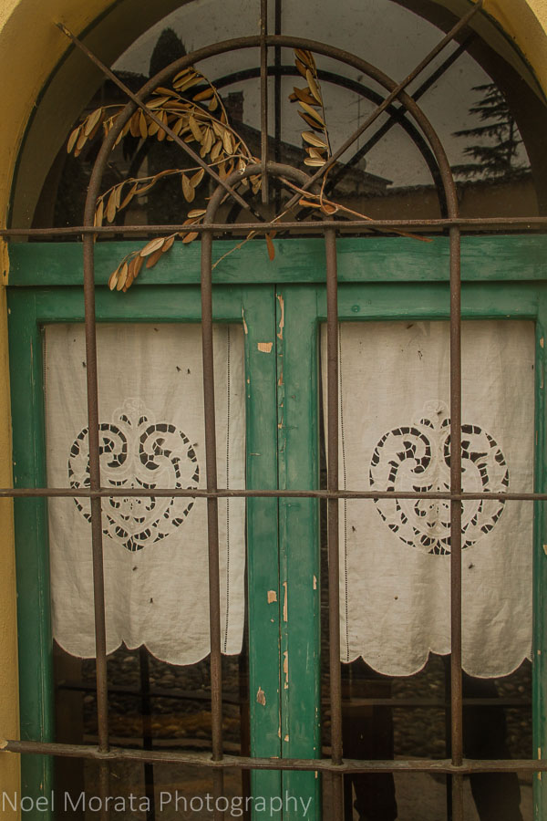 Window details of Borghetto