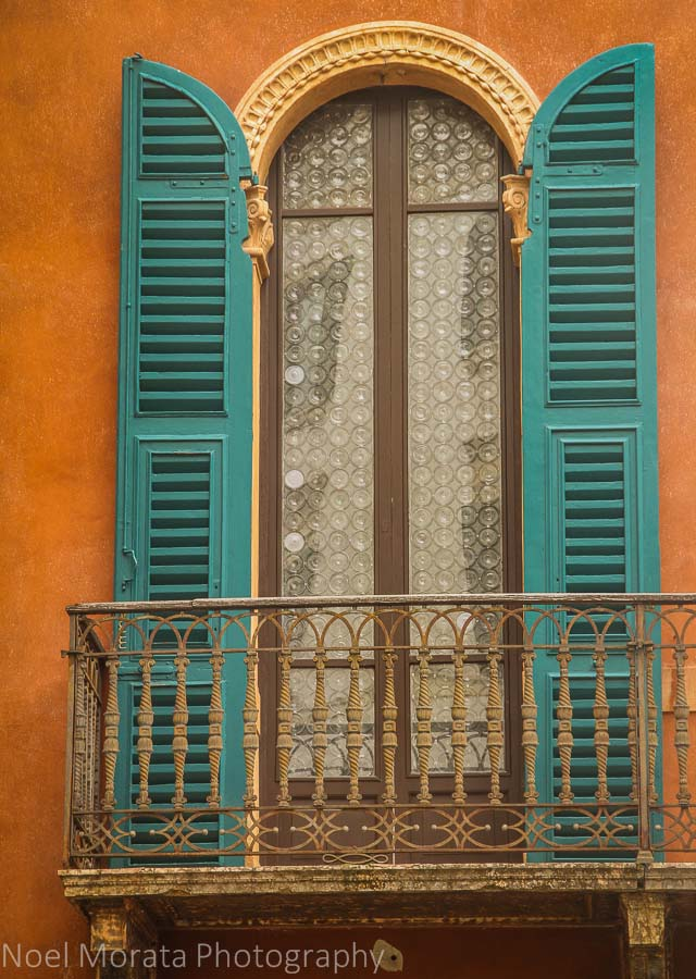 Bold Italian colors on display in Verona, Italy