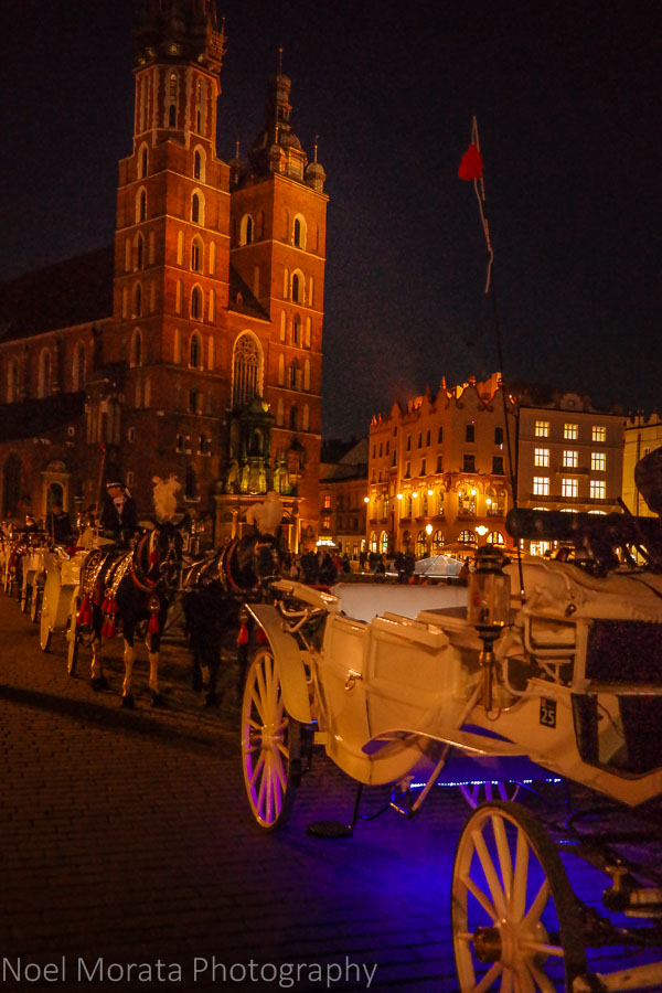 Night carriage ride in front of St. Mary's Basilica