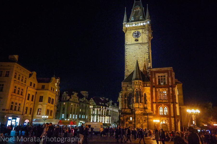 Walking around the main square of Prague- Staromestske namest at night timei