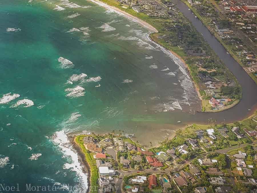 Coastal communities of East Oahu - Helicopter ride around Oahu