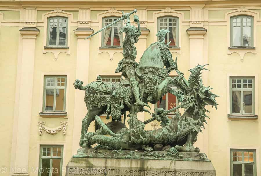 An attractive square and bronze statue in Gamla Stan, Stockholm
