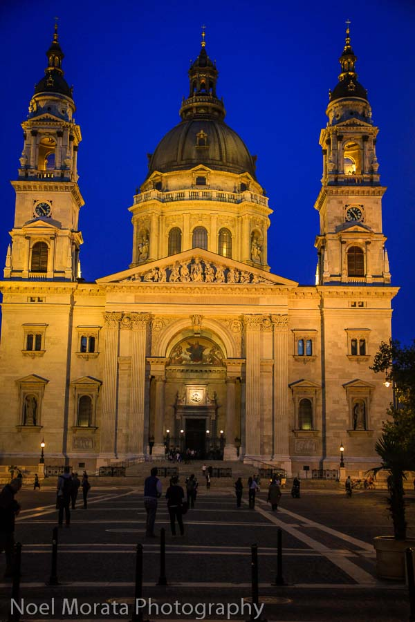 St. Stephan's basilica - Budapest at night