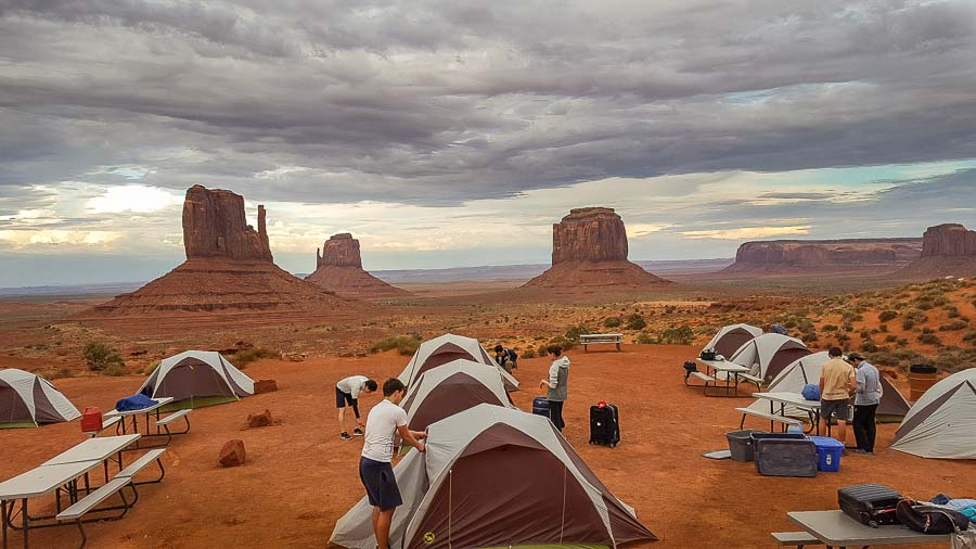 Campsite fronting the rim of Monument Valley