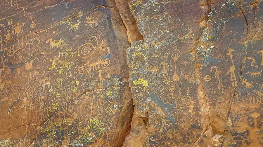The Sinagua Montezuma petroglyphs in Central Arizona
