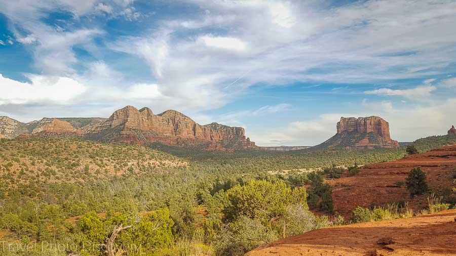 Driving the Red Rock loop drive and views of landscape at Sedona