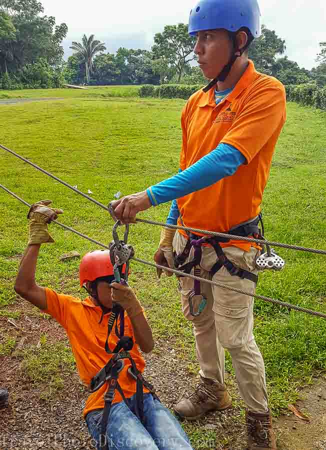 Instructions for a Zip line adventure tour Panama City, Panama