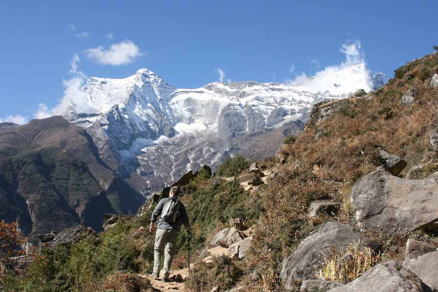 Top adventure and eco experiences hiking Mt. Everest