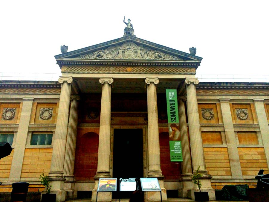 Places to visit Oxford at the Ashmolian Museum