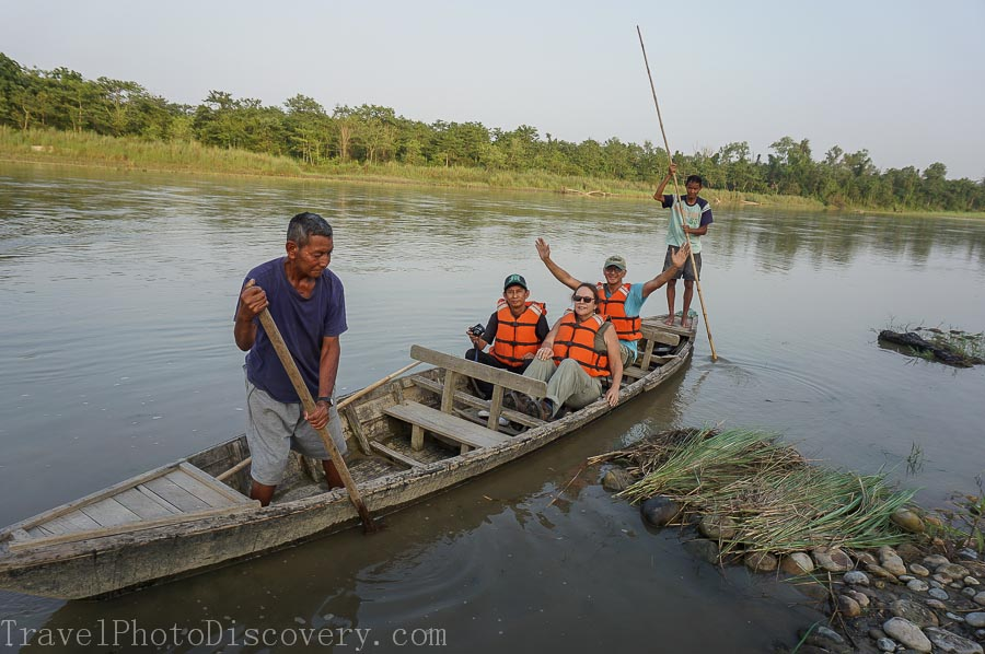 A river cruise at Chtwan National Park