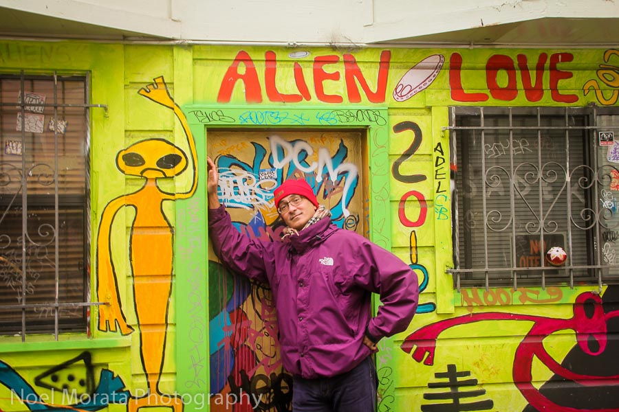Looking for Alien Love at Clarion Alley