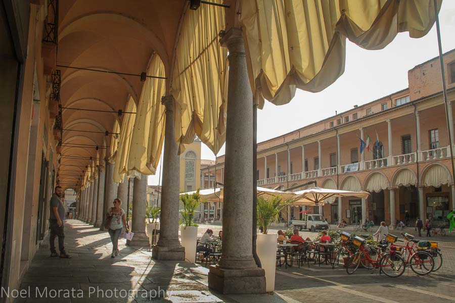 The porticoes of Faenza are quite striking