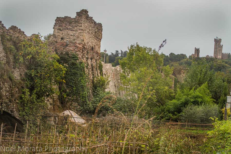The fortified walls of Borghetto