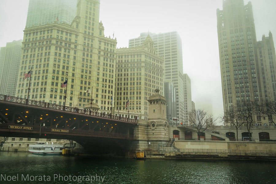 Chicago river cruise on a cold drizzly day on the Chicago river