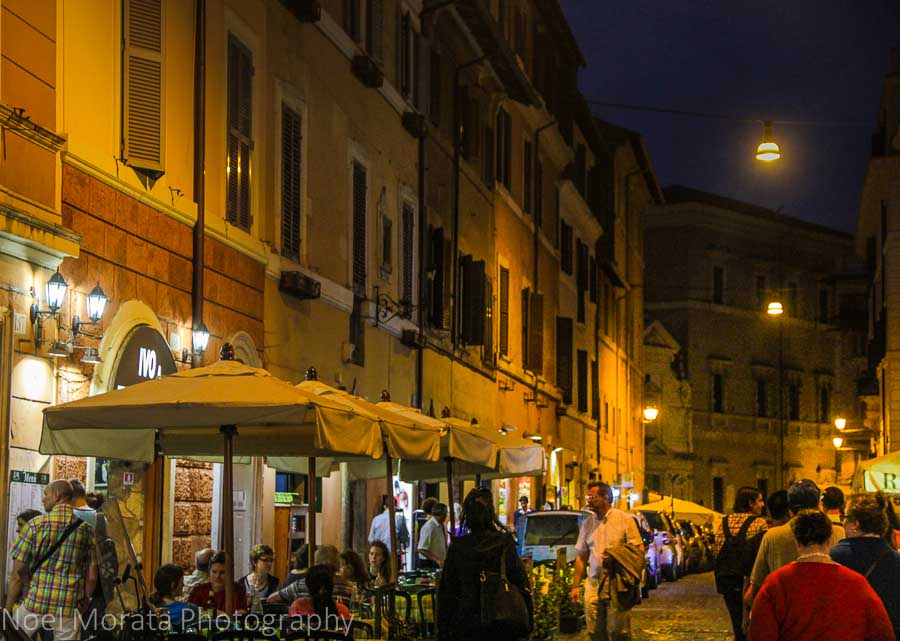 Nigh time and dining in Trastevere