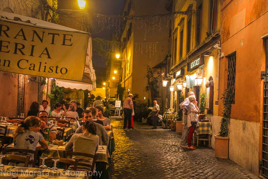 Outdoor dining and street scene at Trastevere, Rome