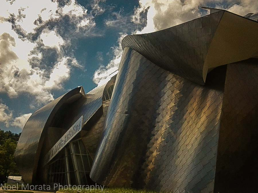 Frank Gehry architecture - Case Western University, Cleveland