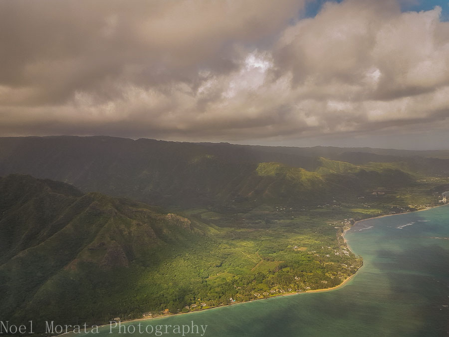 Oahu's pali coastline - Helicopter ride around Oahu