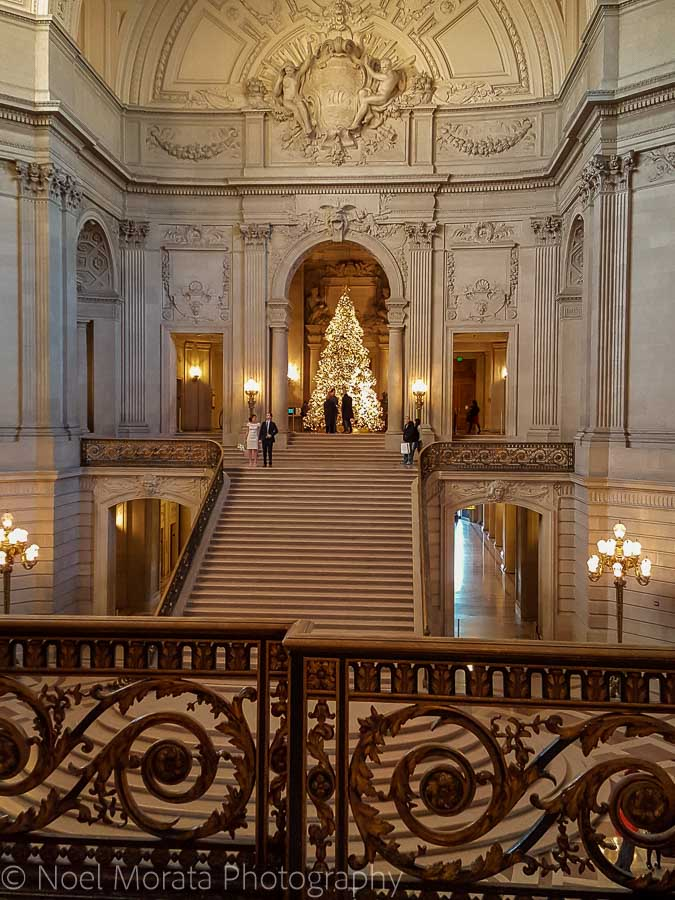 City Hall interior - Christmas in San Francisco