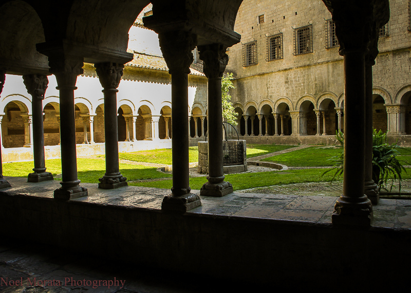 Girona, Cathedral Cloister