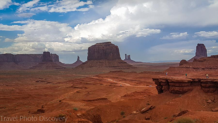 Ridge views Visiting and touring Monument Valley in Utah