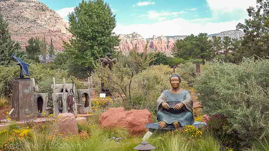Art gallery scene Visiting Sedona landscapes and attractions