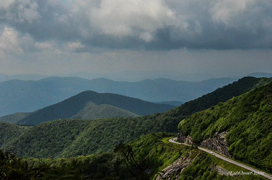 Driving and exploring the Blue Ridge Parkway