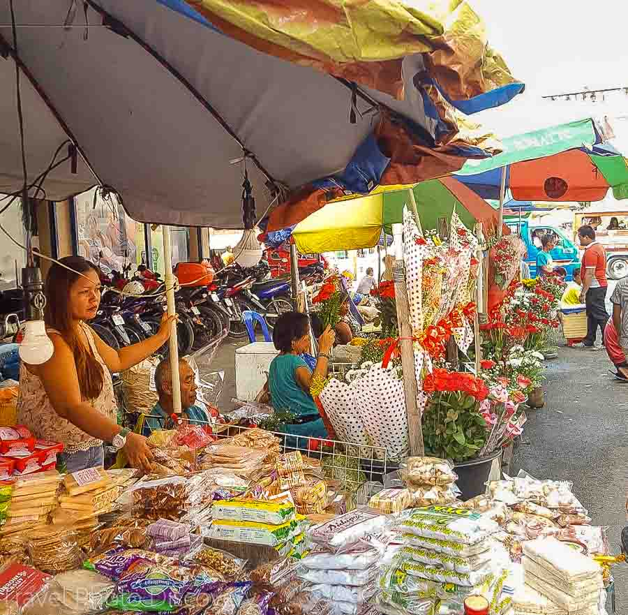 Cebu market area by cathedral