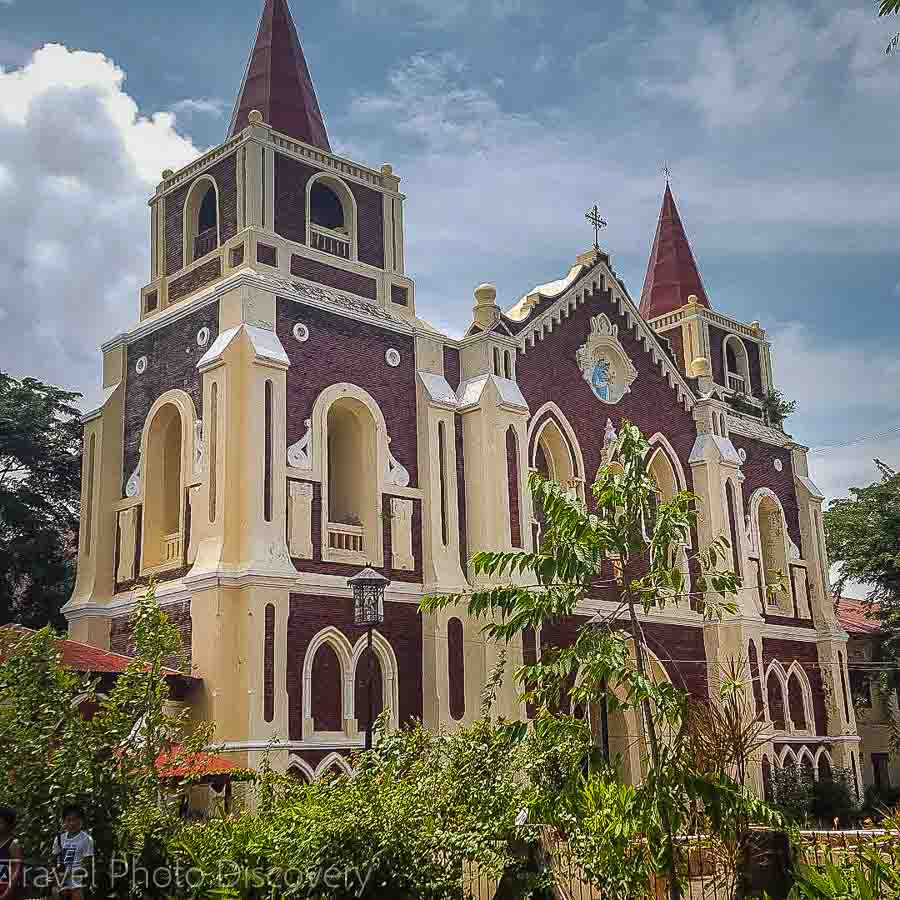 Touring Bantay church and bell tower in Vigan City