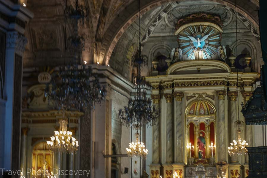 Churches of Manila - interior of Binondo church