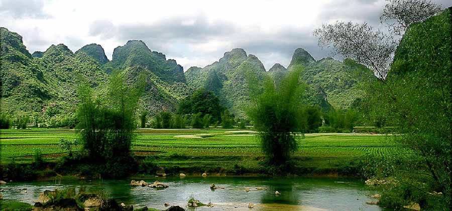 ba-be-national-park hike in Vietnam