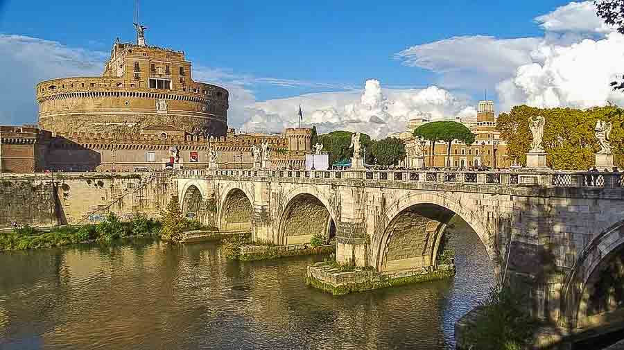 Tiber river and Castel Sant Angelo
