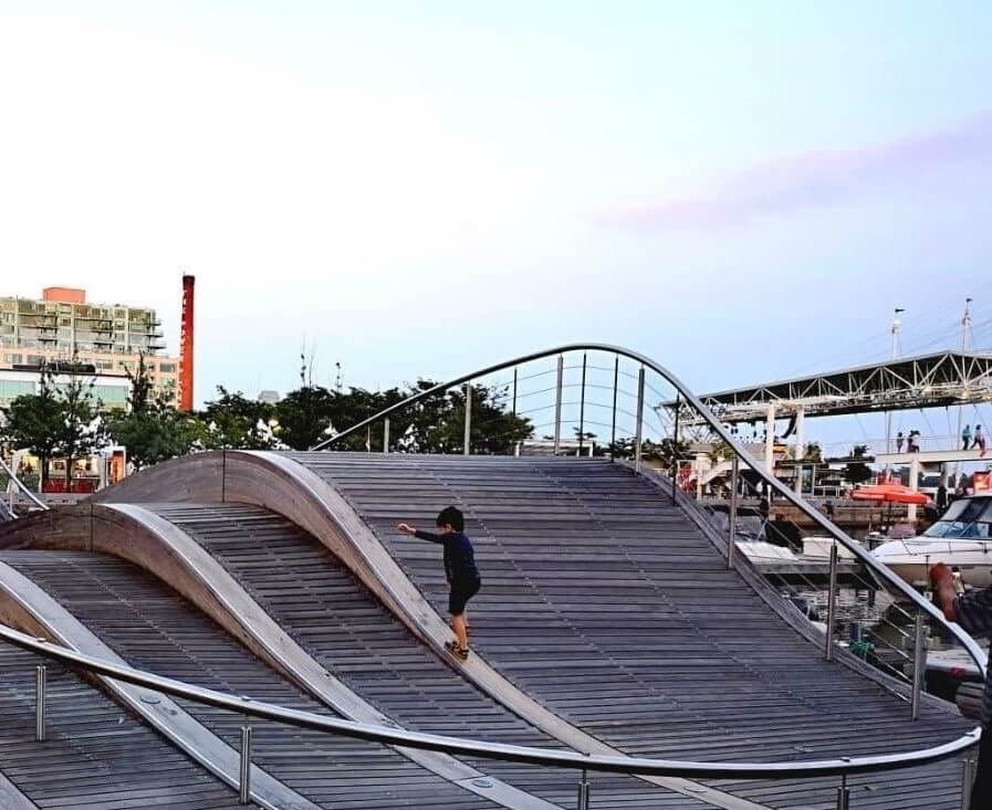 Simcoe Wavedeck at the Harbourfront area