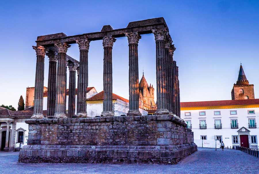 Visiting the Unesco towns in Evora Portugal