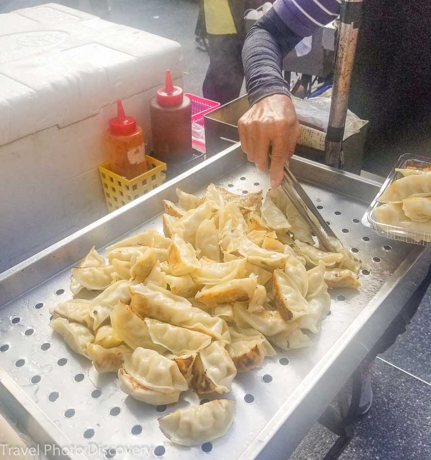 Fried dumplings at Raohe market Songshan