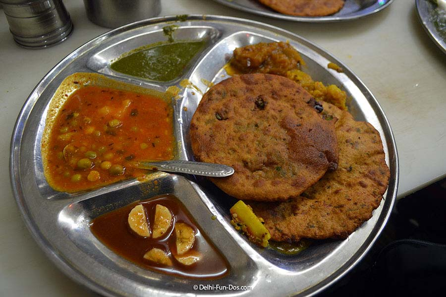 Street food for lunch at Chandni Chowk
